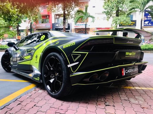 Lamborghini Huracan LP610-4 của dân chơi Nam Định lên lớp decal đậm chất xe đua - Ảnh 3.