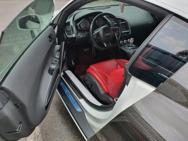 Sau Ferrari 458 Spider, thêm một chiếc Audi R8 V8 đời cũ được nhập về Việt Nam từ Lào - Ảnh 4.