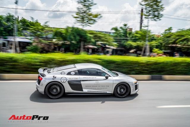 Doanh nhân Đặng Lê Nguyên Vũ bán lại Audi R8 V10 Plus cho một showroom ở Sài Gòn - Ảnh 8.