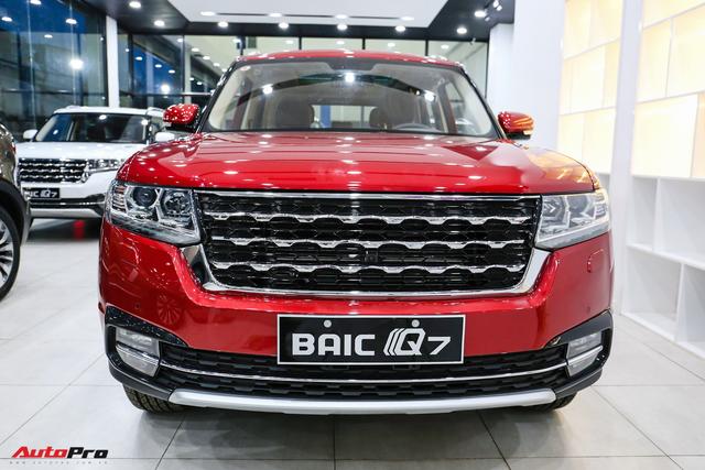 BAIC Q7 - SUV Trung Quốc nhái Range Rover thêm bản giá rẻ 588 triệu đồng tại Việt Nam - Ảnh 1.