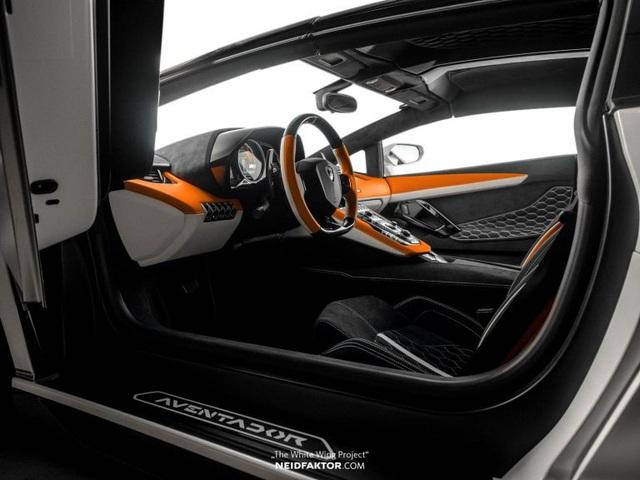 Lamborghini Aventador độ nội thất khủng, chi phí ngang một chiếc Land Rover Discovery Sport 2019 - Ảnh 1.