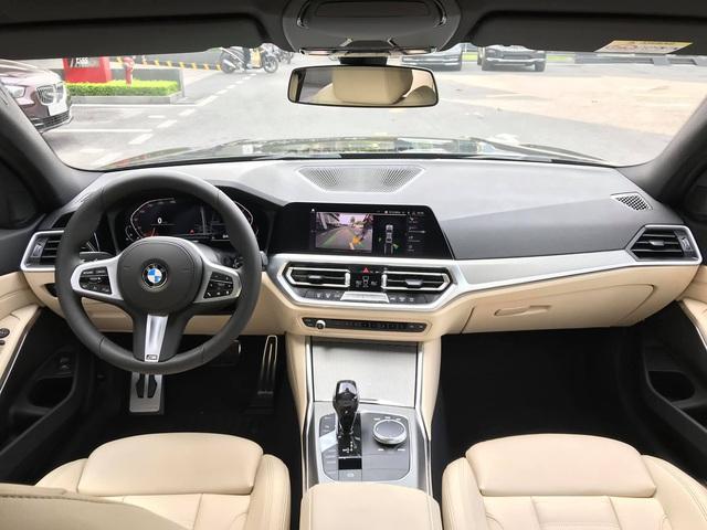 Dân mạng xôn xao BMW 330i M Sport 2020 giá gần 2,4 tỷ đồng tại Việt Nam nhưng không có lẫy chuyển số - Ảnh 3.