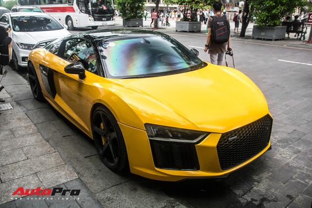 Sau khi thay áo mới, Audi R8 V10 Plus của đại gia Bến Tre liên tục xuất hiện trên đường phố Sài Gòn - Ảnh 5.