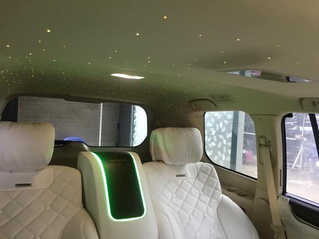 Thợ Việt độ Lexus LX570 thành phiên bản siêu sang với 4 chỗ ngồi và trần sao như Rolls-Royce - Ảnh 6.