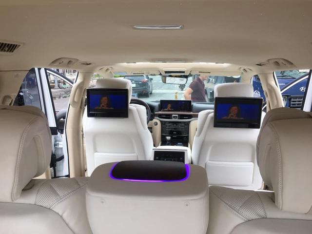 Thợ Việt độ Lexus LX570 thành phiên bản siêu sang với 4 chỗ ngồi và trần sao như Rolls-Royce - Ảnh 4.
