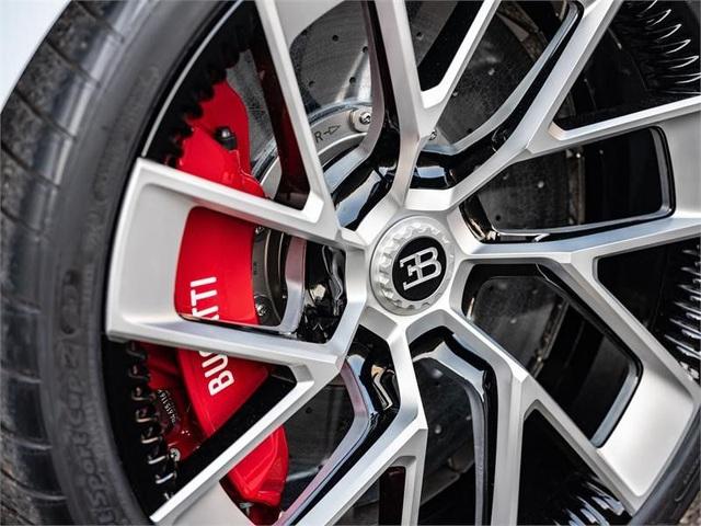 Siêu phẩm mới của Bugatti được hé lộ: Chỉ 10 chiếc được sản xuất với giá 8,9 triệu USD/xe - Ảnh 13.