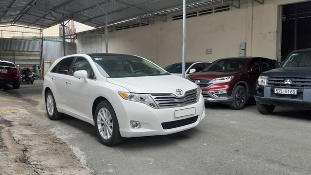 Qua thời đỉnh cao, Toyota Venza bán lại rẻ hơn giá Toyota Innova mua mới - Ảnh 5.
