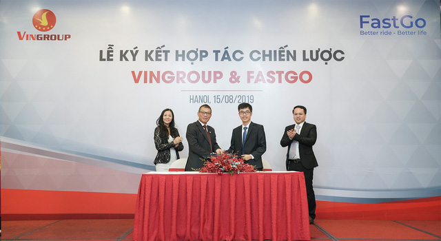 VinGroup cung cấp 1.500 xe VinFast Fadil và Lux cho đối tác kinh doanh dịch vụ gọi xe công nghệ - Ảnh 1.