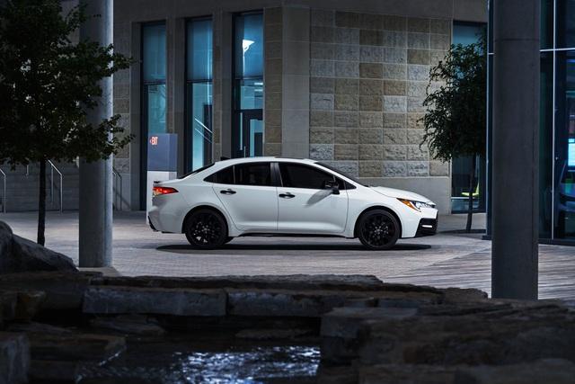 Toyota Corolla thế hệ mới sắp về Việt Nam có thêm bản thể thao Nightshade Edition - Ảnh 2.