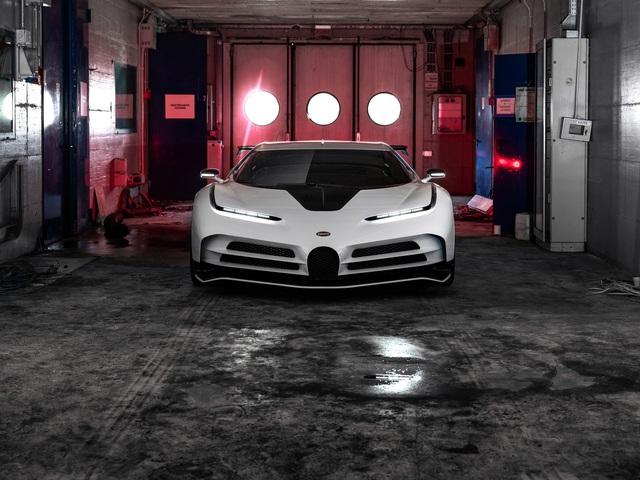 Bugatti Centodieci chính thức trình diện với giá cắt cổ - Ảnh 4.