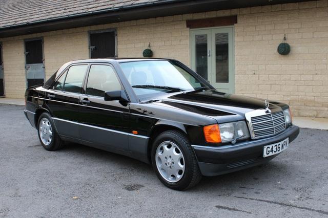 Người chơi xe Biên Hoà phục dựng Mercedes-Benz 190E đời 1988: Hy sinh 'con cưng' đổi lấy 'xác khô' và biến thành bản độ độc đáo tưởng nhớ thần tượng