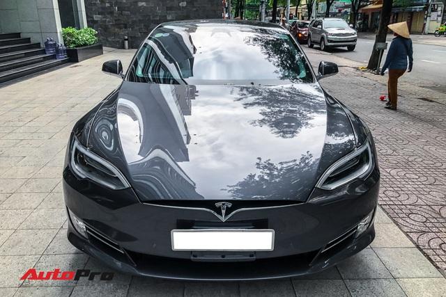 Tesla Model S 100D độc nhất Việt Nam lần đầu lăn bánh sau 6 tháng về nước - Ảnh 1.
