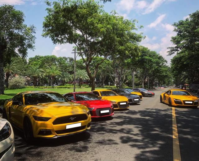 Dân chơi mang dàn Audi R8 đủ màu sắc hội ngộ tại Sài Gòn, chiếc nào cũng có tiểu sử đặc biệt - Ảnh 2.