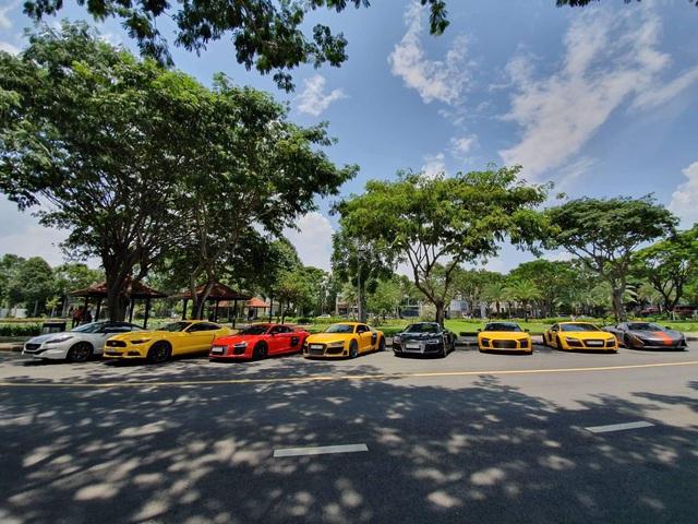 Dân chơi mang dàn Audi R8 đủ màu sắc hội ngộ tại Sài Gòn, chiếc nào cũng có tiểu sử đặc biệt - Ảnh 4.