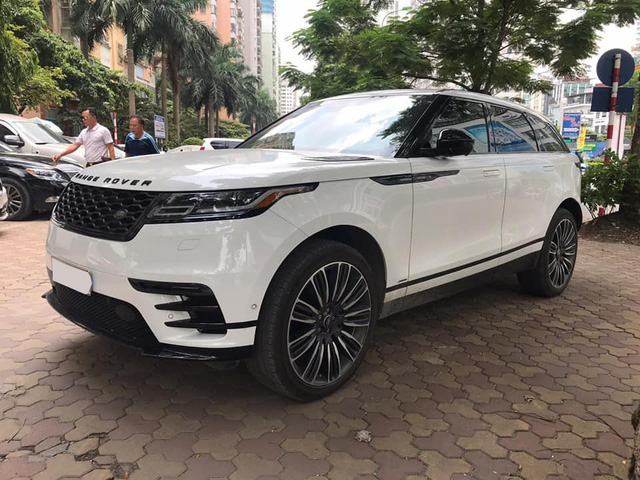 Chạy 30.000 km, SUV vạn người mê Range Rover Velar vẫn có giá hơn 5 tỷ đồng - Ảnh 1.