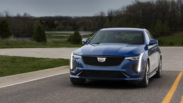 Lãnh đạo Cadillac hé lộ khả năng có SUV mới đối đầu Lamborghini Urus - Ảnh 1.