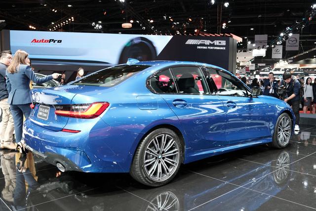 BMW 3-Series 2019 lộ diện ở đại lý, người mua chưa nhận xe đã đặt gói độ hàng trăm triệu đồng - Ảnh 6.