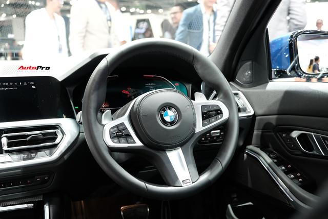 BMW 3-Series 2019 lộ diện ở đại lý, người mua chưa nhận xe đã đặt gói độ hàng trăm triệu đồng - Ảnh 7.