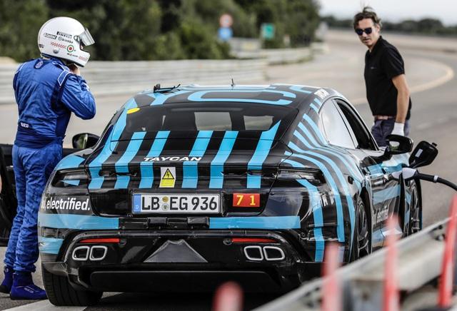 Porsche Taycan sắp về Việt Nam thử sạc nhanh: Chạy gần 3.500 km trong 24 giờ - Ảnh 2.