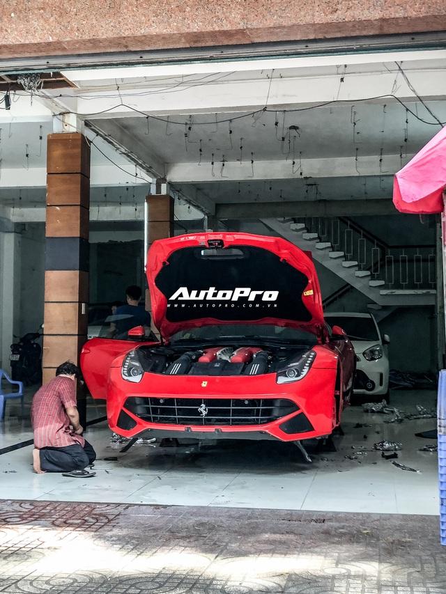 Ông Đặng Lê Nguyên Vũ bán Ferrari F12berlinetta, thay máu dàn xe, chuẩn bị cho Hành trình từ trái tim 2020? - Ảnh 1.