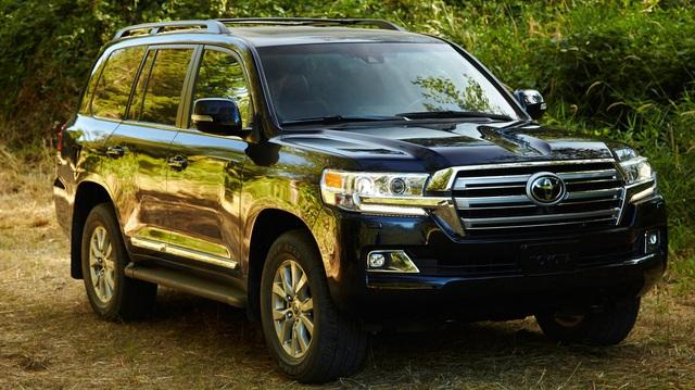 Toyota Land Cruiser trước nguy cơ bị khai tử vì bán kém