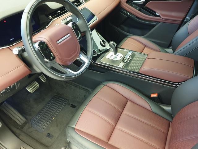 Cận cảnh Range Rover Evoque 2020 vừa về Việt Nam, giá 3,68 tỷ đồng thách thức Porsche Macan - Ảnh 8.