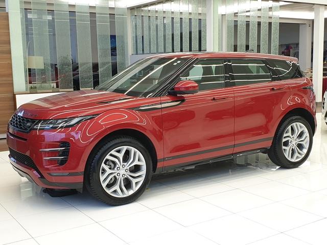 Cận cảnh Range Rover Evoque 2020 vừa về Việt Nam, giá 3,68 tỷ đồng thách thức Porsche Macan - Ảnh 2.