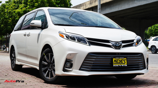 Thích xe Toyota nhập Mỹ, đại gia Việt vẫn chịu giá đắt gấp đôi đối thủ, vung tiền tỷ sở hữu hàng độc - Ảnh 3.
