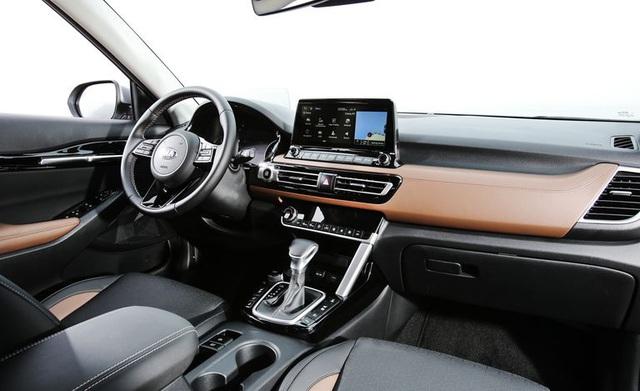 Đấu Honda HR-V, Kia Seltos chốt giá rẻ bất ngờ  - Ảnh 2.