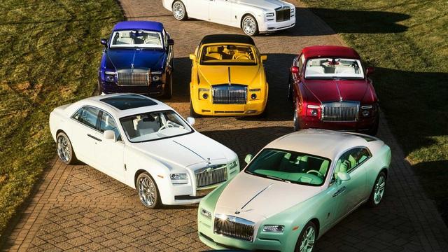 Dân chơi khét tiếng sở hữu 10 màu sơn xe Rolls-Royce đặt theo tên mình - Ảnh 2.