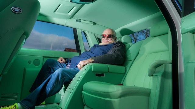 Dân chơi khét tiếng sở hữu 10 màu sơn xe Rolls-Royce đặt theo tên mình - Ảnh 6.