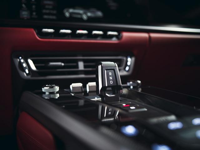 Porsche 911 Carrera Coupe và Cabriolet thế hệ mới có giá từ gần 7 tỷ đồng tại Việt Nam - Ảnh 4.