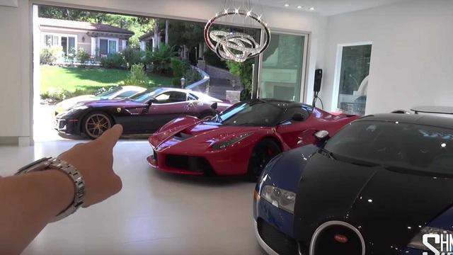Căn phòng khách này còn xịn hơn khối garage với sự xuất hiện của LaFerrari, Veyron và 599 GTO - Ảnh 1.
