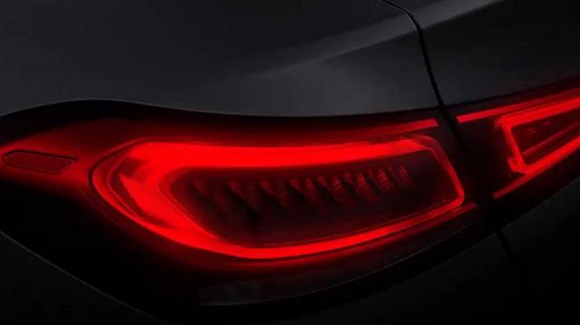 Bản SUV lai coupe của Mercedes-Benz GLE bất ngờ công bố nâng cấp, ra mắt ngay ngày mai