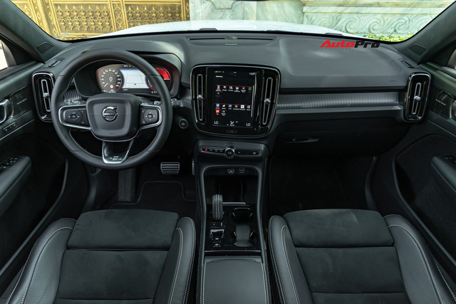 Đánh giá Volvo XC40: Đừng nghĩ đây chỉ là mẫu xe an toàn - Ảnh 8.