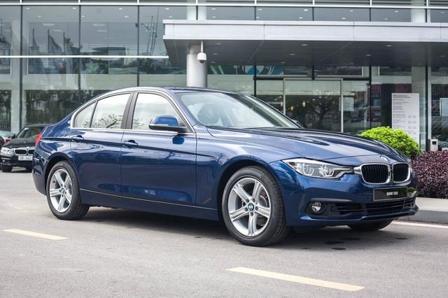 BMW giảm giá hàng loạt xe cho khách Việt chơi Tết: Cao nhất 300 triệu đồng, 3-Series mới ra mắt cũng không phải ngoại lệ - Ảnh 2.