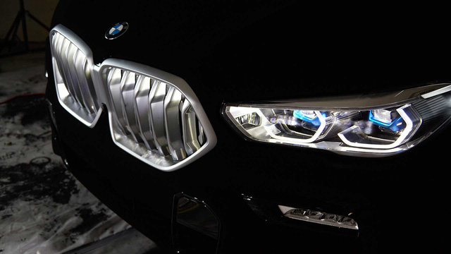BMW X6 Vantablack: Đen tới mức... không thể đen hơn! - Ảnh 3.
