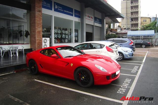 Ông chủ cà phê Trung Nguyên đưa 1/3 bộ sưu tập Ferrari với toàn hàng độc tham dự khai trương showroom chính hãng - Ảnh 3.
