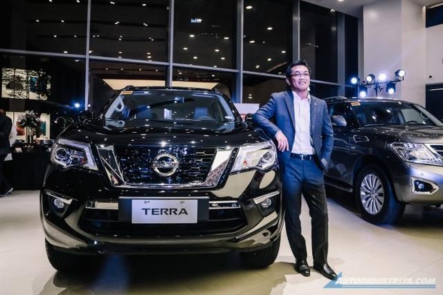 Nissan Terra ra mắt phiên bản mới, tăng sức cạnh tranh Toyota Fortuner - Ảnh 1.