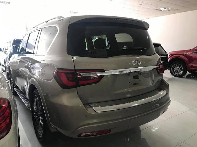 Khủng long đường phố Infiniti QX80 2019 nhập khẩu tư nhân bất ngờ về Việt Nam - Ảnh 4.