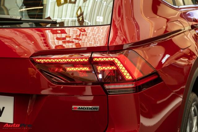 Cận cảnh mẫu xe Đức 7 chỗ giá 1,849 tỷ đồng cạnh tranh Mercedes-Benz GLC tại Việt Nam - Ảnh 6.