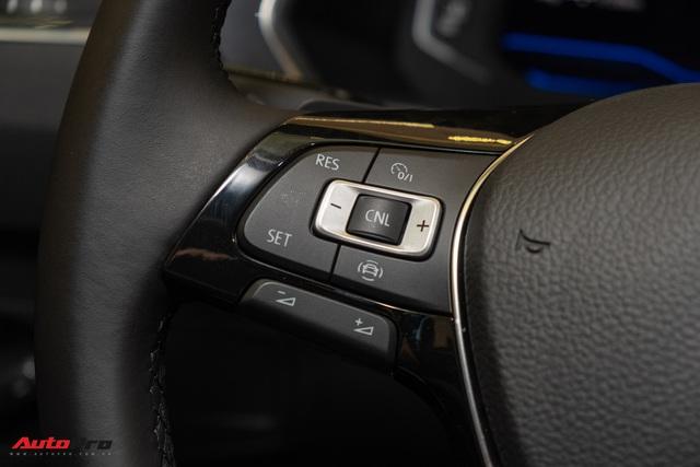 Cận cảnh mẫu xe Đức 7 chỗ giá 1,849 tỷ đồng cạnh tranh Mercedes-Benz GLC tại Việt Nam - Ảnh 11.