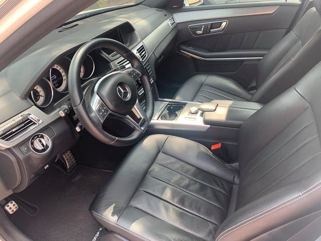 Xe dân chơi Mercedes-Benz E400 AMG mạnh 333 mã lực bán lại với giá hơn 1,5 tỷ đồng - Ảnh 3.