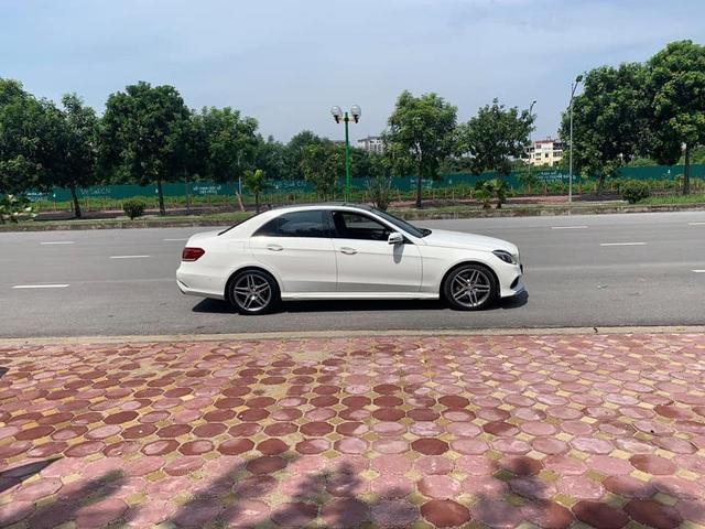 Xe dân chơi Mercedes-Benz E400 AMG mạnh 333 mã lực bán lại với giá hơn 1,5 tỷ đồng - Ảnh 2.