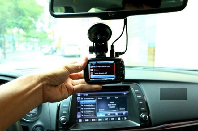 Những trang bị trên xe mà tài mới cần có để lái an toàn, sớm lên tay - Ảnh 2.