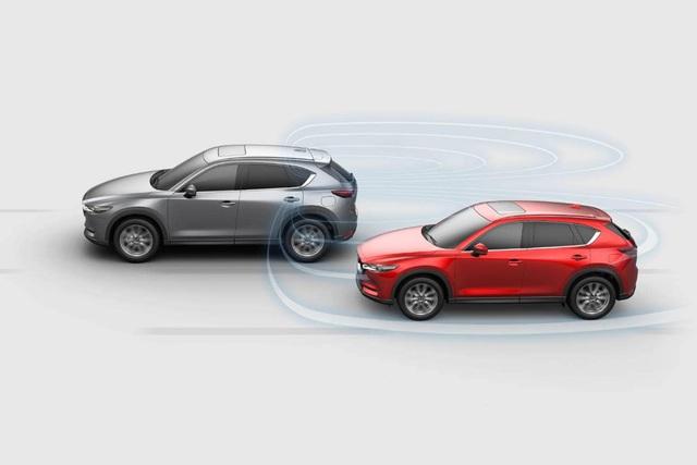 Mazda CX-5 đối đầu Honda CR-V: Chọn công nghệ, tiện nghi hay thực dụng? - Ảnh 6.