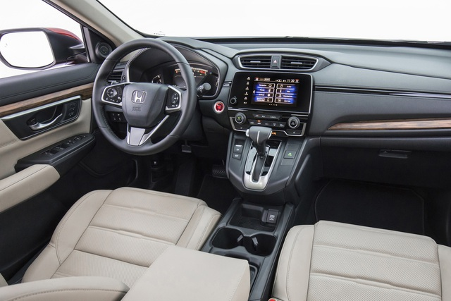 Mazda CX-5 đối đầu Honda CR-V: Chọn công nghệ, tiện nghi hay thực dụng? - Ảnh 5.