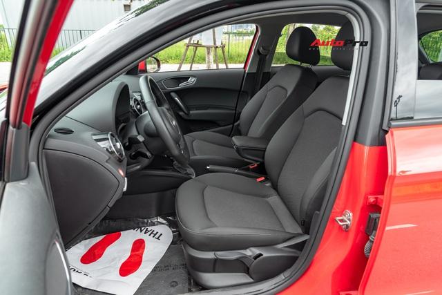 Mỗi năm chỉ chạy hơn 3.000 km, chủ nhân Audi A1 2016 bán lại xe giá hơn 900 triệu đồng - Ảnh 6.