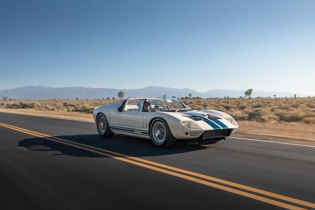 Chiếc xe thể thao Ford này được định giá tới 9 triệu USD - Ảnh 2.