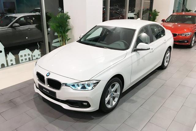 BMW 3-Series mới cận kề ngày ra mắt, người mua mẫu cũ được tặng hơn 200 triệu đồng - Ảnh 1.